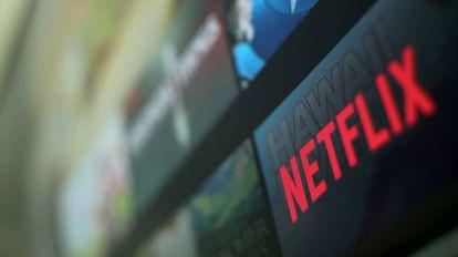 Logo de Netflix en una televisión