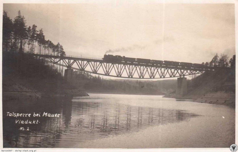 Un tren durante los años 20.