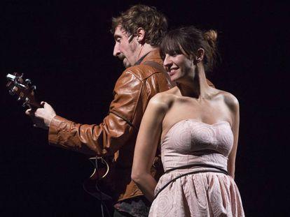 Ivan Massagué y Marta Bayarri, en 'Aquella nit'