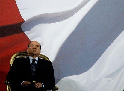 Silvio Berlusconi preside un desfile de los carabineros italianos, en Roma, en agosto  de 2010.