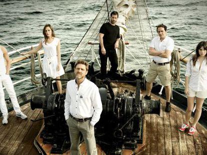 Parte del reparto de 'El Barco'