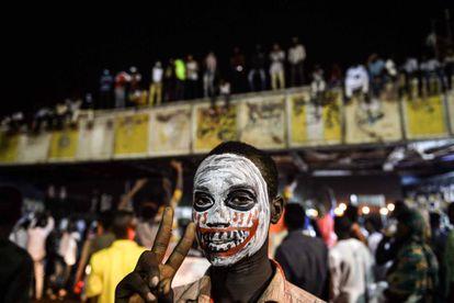 Un manifestantes sudanés, el pasado jueves en Jartum.