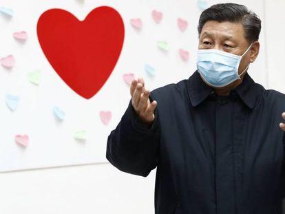 El presidente chino Xi Jinping, esta semana en Pekín. En vídeo, aumenta la cifra de contagiados y de muertos por el coronavirus.