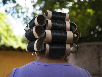 Rulos de una mujer wayúu, en una imagen de Magdalena Correa.