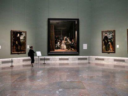 El Museo del Prado, casi vacío un día antes de su cierre por el coronavirus.