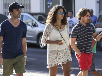 Pablo Nieto, a su salida de la Policlínica del Rosario de Ibiza donde se encuentra ingresado su padre.
