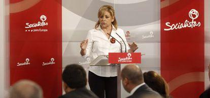 Elena Valenciano, en una rueda de prensa el lunes.