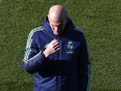 El técnico del Madrid vuelve a elogiar a la estrella francesa del PSG, y se muestra seguro de que jugará de inicio junto a Neymar