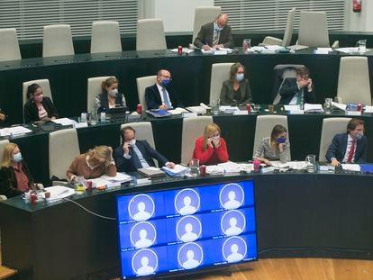 Los concejales del PP, durante el pleno de este martes.