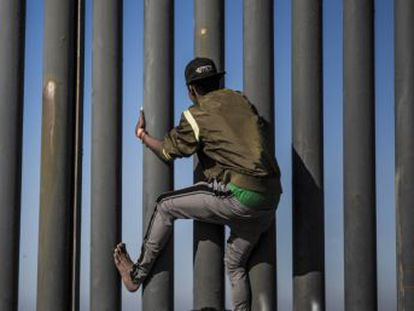 La obsesión por llegar a la frontera con EE UU ha quedado atrás, ahora las dudas asaltan a miles de centroamericanos sin rumbo fijo ni certezas de lo que vendrá en los próximos meses