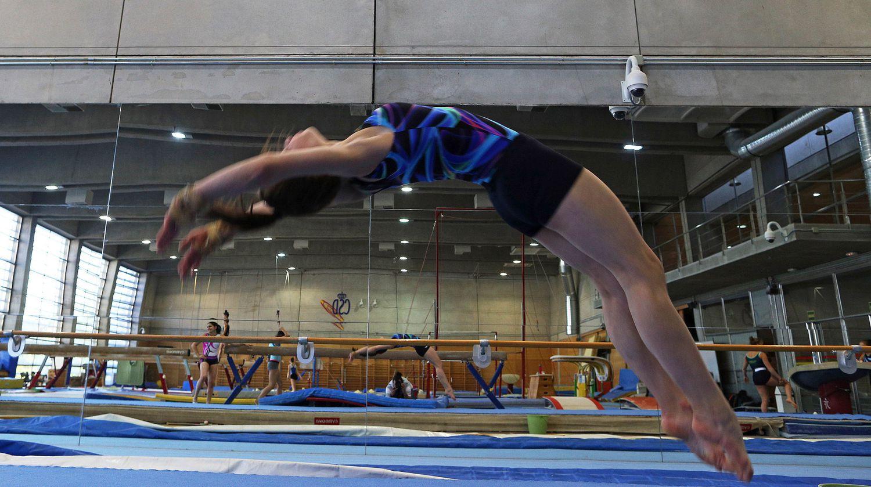 Les gymnastes s'entraînent au Madrid High Performance Center.