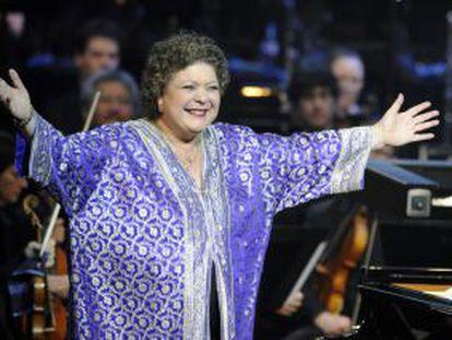 La pianista Brigitte Engerer, agradeciendo un premio que se le entregó en Nantes en 2011.