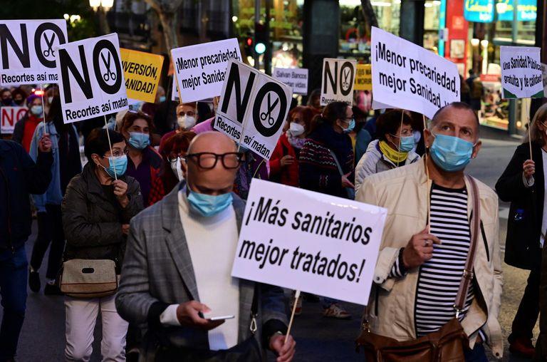 Vista general de la manifestación por la salud y la sanidad pública, el pasado 17 de octubre en el centro de la capital madrileña.