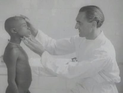 Fotograma del documental 'Misión sanitaria en Guinea', rodado en 1953 en la leprosería de Mikomeseng.