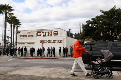 People line up outside a Culver City, California, armory in 2020, a year that saw gun sales spike.