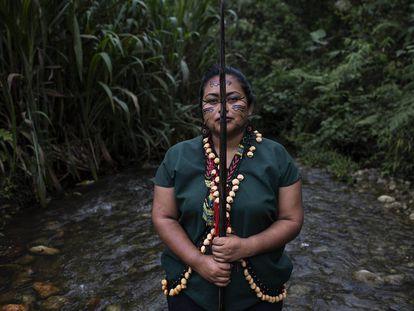 Tradición y tecnología para vigilar el territorio de los indígenas