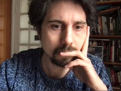 Jonás Trueba, editor invitado de Caballo de Troya 2021-2022, durante la rueda de prensa de presentación.