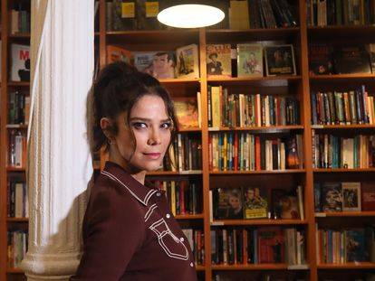Juana Acosta, en la librería Ocho Y Medio.