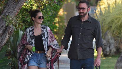 Los actores Ben Affleck y Ana De Armas, en Venice, California, el pasado septiembre.