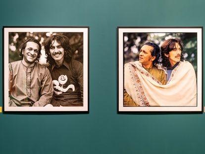 Dos fotografías de Shankar y Harrison en la exposición
