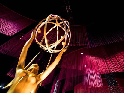 Una estatua de Emmy se exhibe este jueves durante la vista previa para la prensa de los Governors Ball de los Emmy Awards en Los Ángeles.
