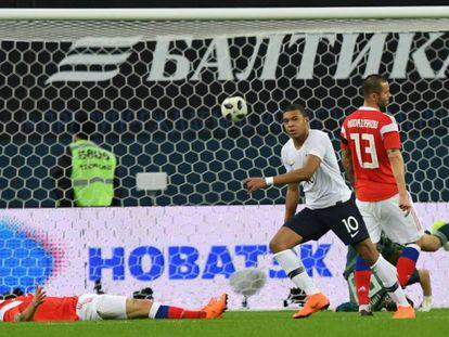 Mbappe celebra su gol ante Rusia.