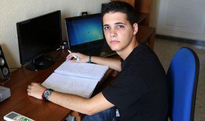 Alejandro Maximiliano estudiaba en Casteldefels y el próximo curso estudiará en Cartagena.