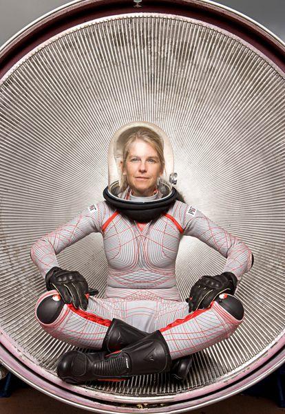 Newman, con el traje espacial BioSuit, elegido por 'Time' como Mejor Invención de 2007.