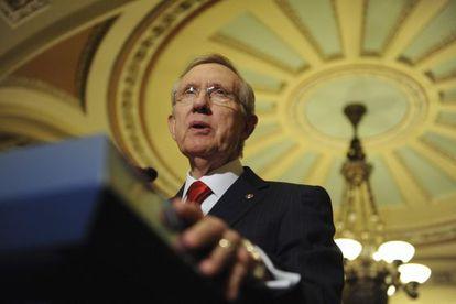 El líder demócrata en el Senado, ayer, en una rueda de prensa en el Senado de EE UU.