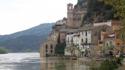 Miravet también está entre las propuestas para descubrir el patrimonio.