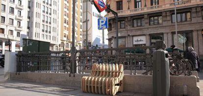 El proyecto Make a sity instaló bancos en Callao y Los Cubos.