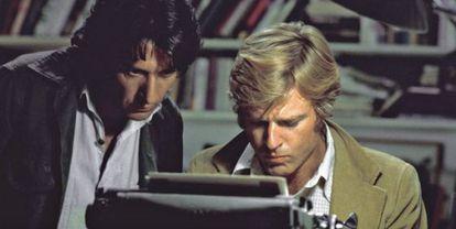 Dustin Hoffman y Robert Redford, en una escena de 'Todos los hombres del presidente'.