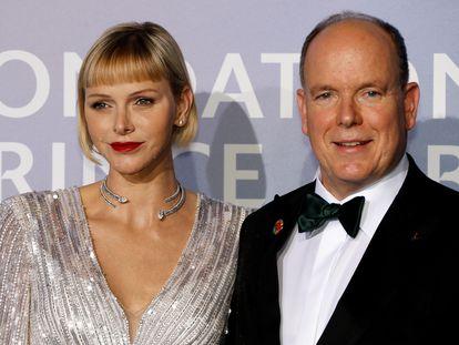 Los príncipes Alberto y Charlene de Mónaco en una gala en Montecarlo en septiembre de 2020.