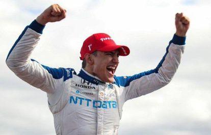 Álex Palou celebra la victoria en IndyCar.