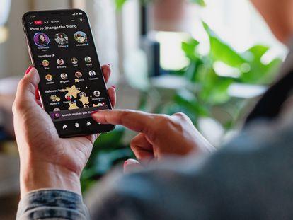 Facebook ha lanzado esta semana las Salas de Audio para competir con Clubhouse