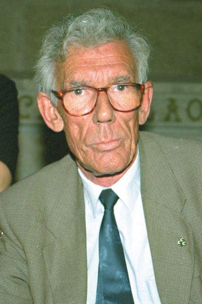 Antón Moreda.