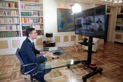El presidente español anuncia el estado de alarma.