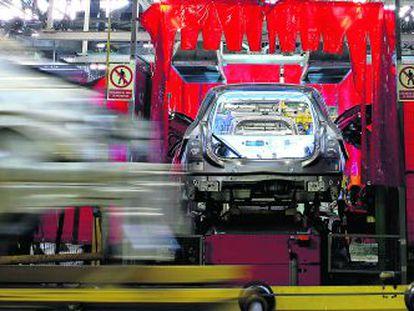 Este año, los fabricantes prevén ensamblar 2,2 millones de vehículos. Para 2014 esperan superar los 2,4 millones