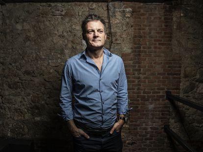 Chris Brancato, creador de Narcos, en el espacio cultural de Matadero en Madrid.