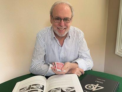 Steve Forte, leyenda de Las Vegas, lanza un libro de más de 1.000 páginas de trucos