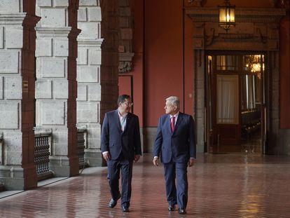 Andrés Manuel López Obrador, y su homólogo boliviano Luis Arce, a la izquierda, en Palacio Nacional el día de hoy.