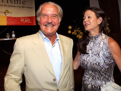 Carlos Fuentes y Cristina Fuentes, en 2002.