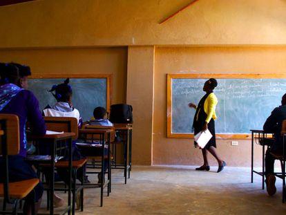 Alumnos en una clase de la Escuela Nacional de Furcy, a dos horas de Puerto Príncipe (Haití).