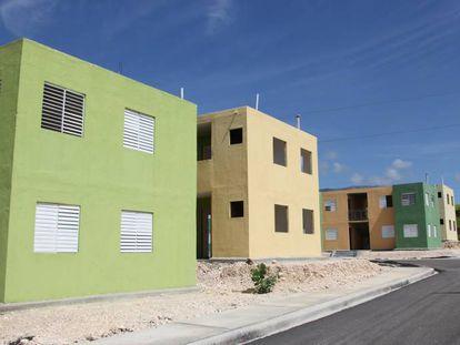 Viviendas construidas por el Gobierno en Puerto Príncipe (Haití).