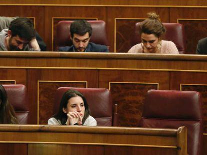 La portavoz parlamentaria de Unidos Podemos, Irene Montero, en el Congreso. En vídeo, los líderes regionales de Podemos abogan por la unidad tras la reunión que mantuvieron en Podemos el pasado viernes.