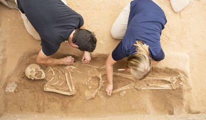 Excavaciones en el cementerio de Ascalón (Israel).