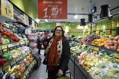 Ana María Llopis, presidenta de Dia, en la inauguración de una tienda de Dia Fresh en Madrid