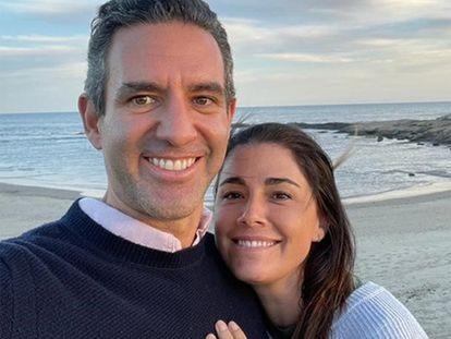 David Vélez, cofundador de Nubank, y su esposa, Mariel Reyes, en el selfie que han incluido en la carta en la que explican sus motivos para donar su fortuna.