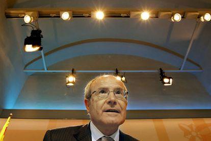 José Montilla, durante la rueda de prensa en la que anunció la resolución sobre el Constitucional.