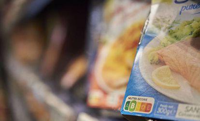 Etiquetado Nutriscore en un producto de un supermercado francés.